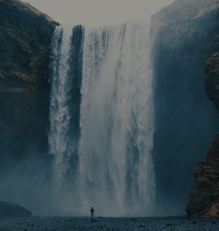 Duży wodospad